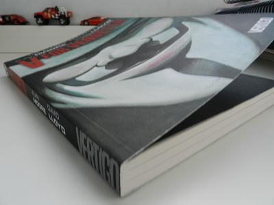 V for vendetta paperback